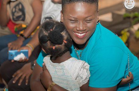 Togo/ GIVETHEMASMILE réalise une campagne de collecte réussie pour la rentrée scolaire.