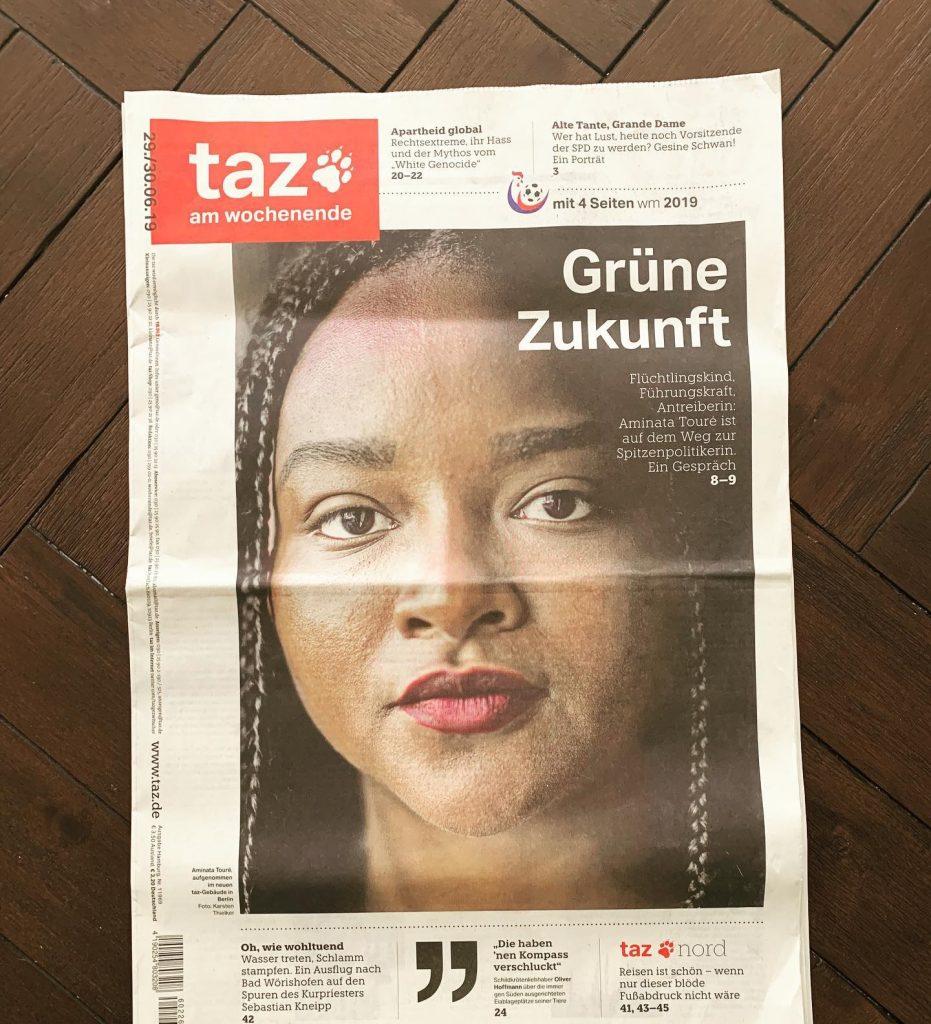 coupure de presse allemande avec Aminata Toré en Une
