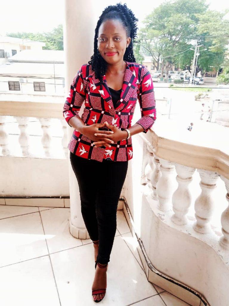 la journaliste Béninoise Isabelle OTCHOUMARE