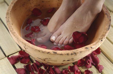 Trucs et astuces/ Comment réussir un bain de pieds?