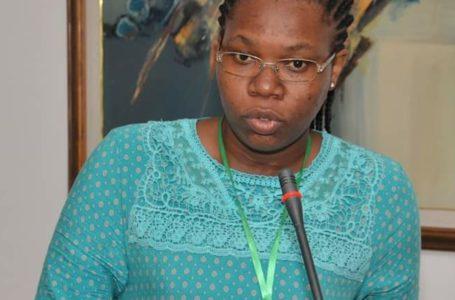 Elles & les Médias: Flora, l'infatigable fleur du journalisme au Togo