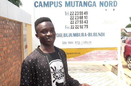 "Qui est Amini Cishugi, ce jeune YouTubeur du ""Streetwalking""?"