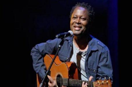 """RDC/ Musique : Lokua Kanza va lancer bientôt son album intitulé """" déploie tes ailes"""""""