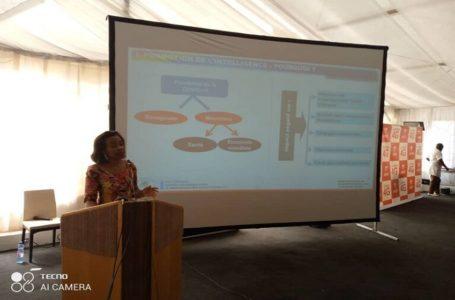 RDC: Rose-Dorée Bokeleale invite les jeunes entrepreneurs à développer 7 capacités managériales