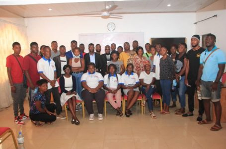 L'AJSF et le collectif Les Psychologues Réunis manifestent leur accompagnement aux élèves togolais