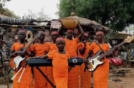 Star Feminine Band, la voix de sept jeunes béninoises chantant l'émancipation des femmes noires