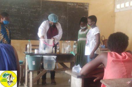 Fabrication de Gel Hydro-alcoolique ; Cauris d'Afrique fait sa part contre le Covid-19