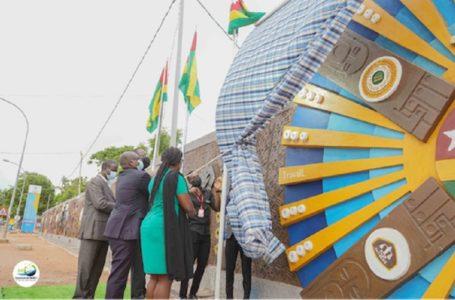 Togo/  L'Université de Lomé fait peau neuve suite à de nouvelles fresques qui arpentent son mur